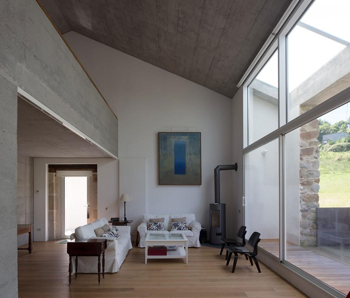 Камин в интерьере гостиной - Фото 9