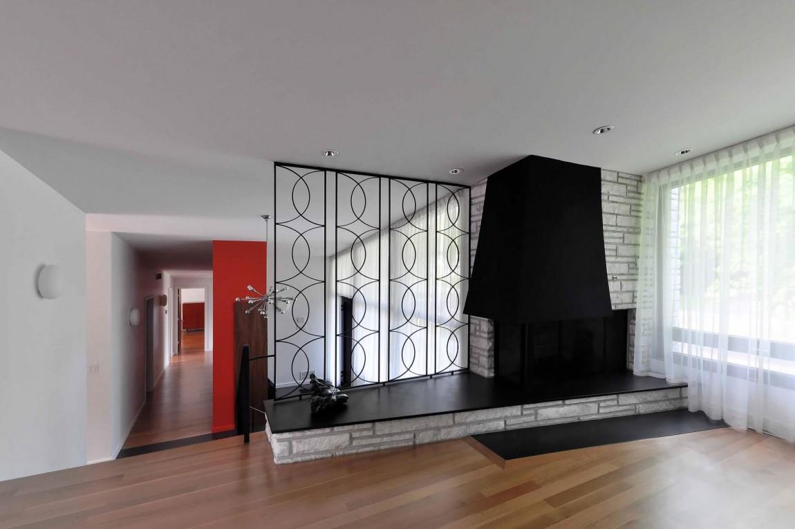Камин в интерьере гостиной - Фото 39