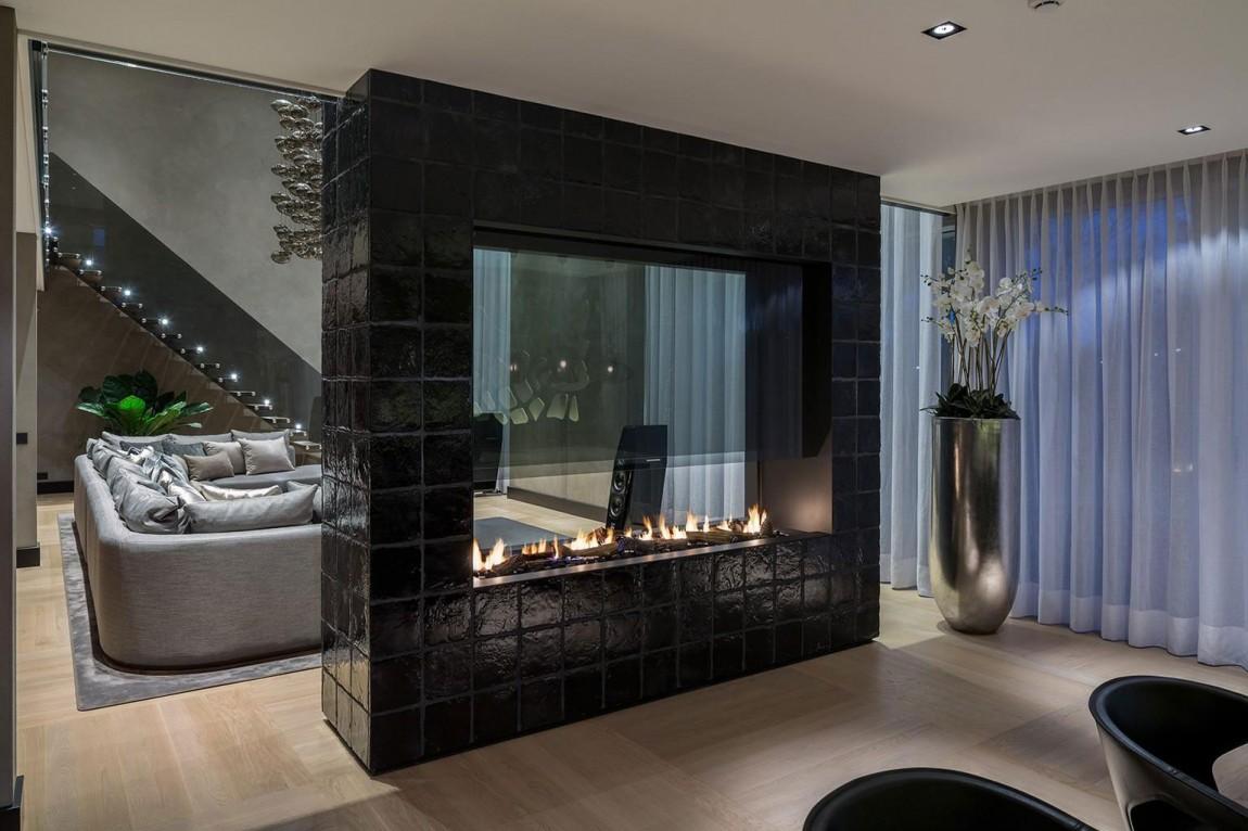 Камин в интерьере гостиной - Фото 44