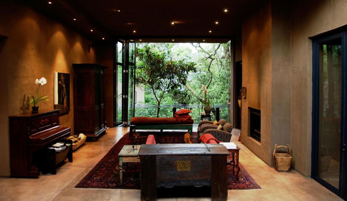 Камин в интерьере гостиной - Фото 50