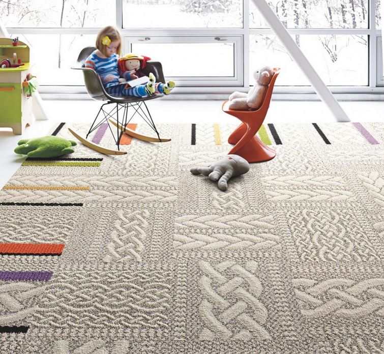 Мягкий ковёр с яркими акцентами в интерьере детской комнаты от Flor