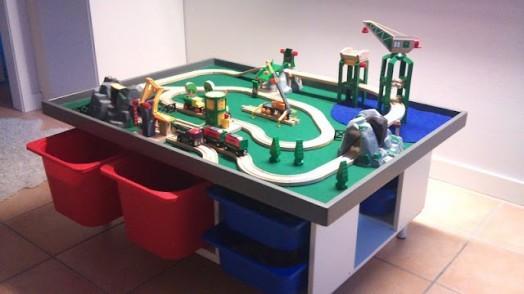 Головокружительный детский столик от IKEA