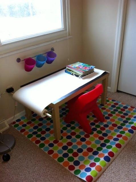 Изысканный детский столик от IKEA