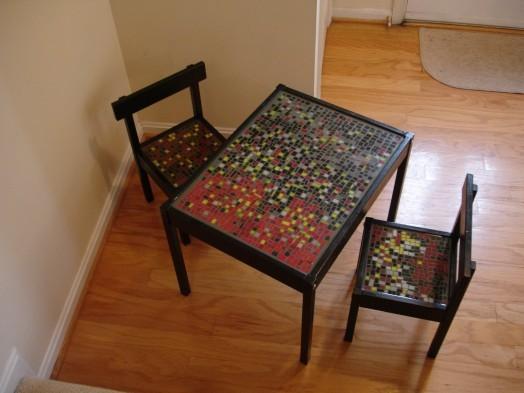 Современный детский столик от IKEA