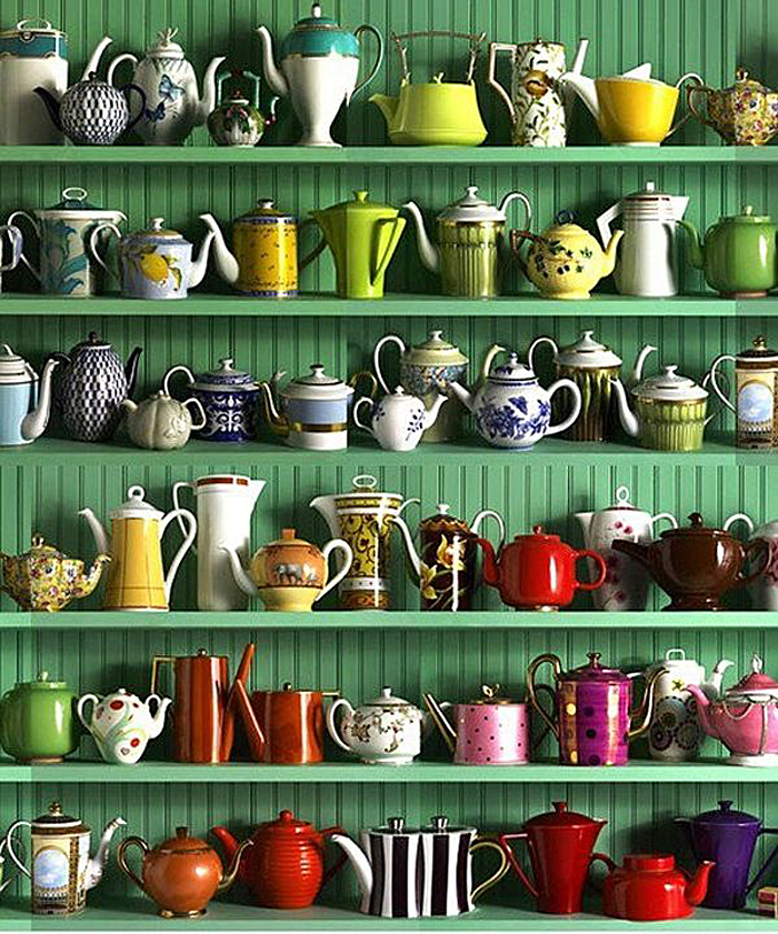 Коллекция посуды в интерьере