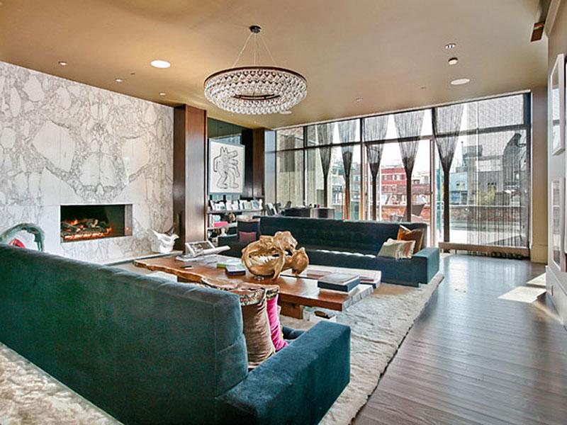 Дизайнерская мебель от Ленни Кравица в квартире