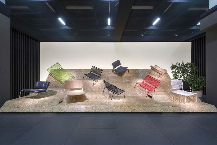 Оригинальная коллекция мебели: разнообразные лежаки