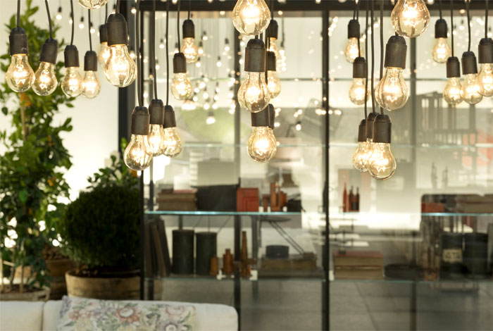 Оригинальная коллекция мебели: светильники без абажуров