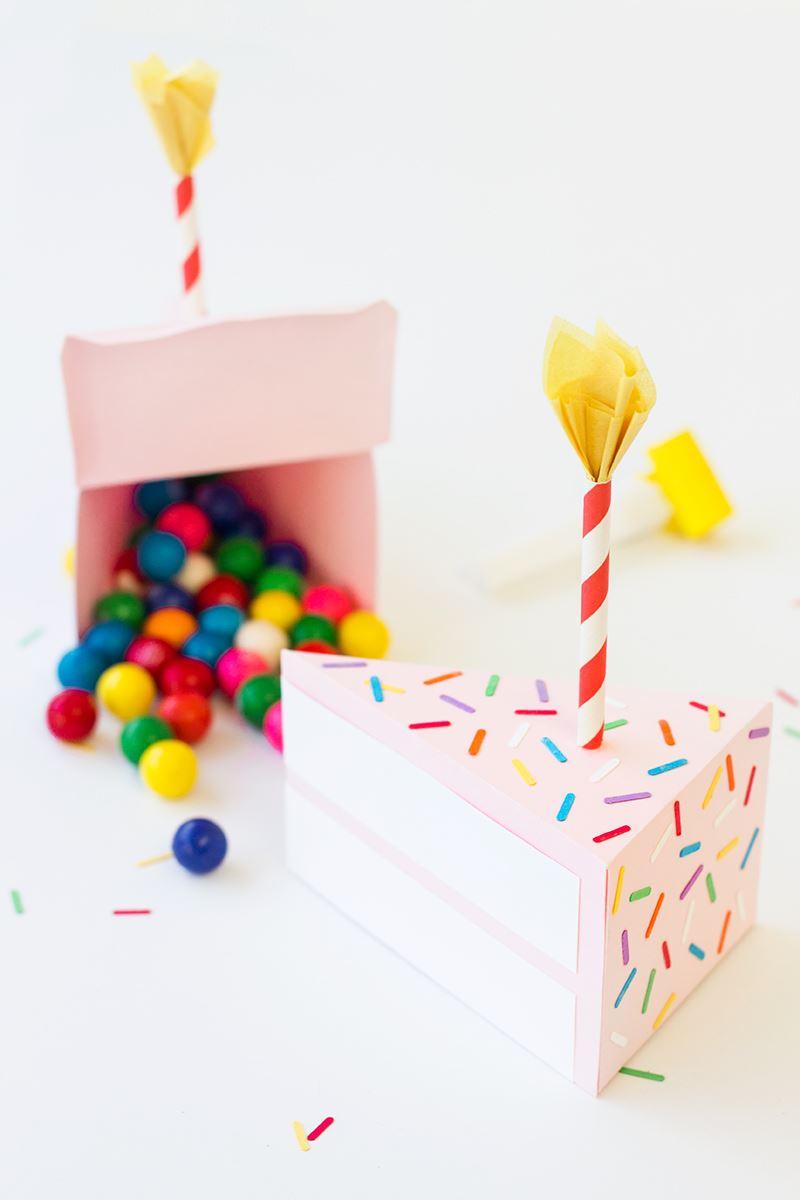 Бумажный тортик для создания праздничного настроения