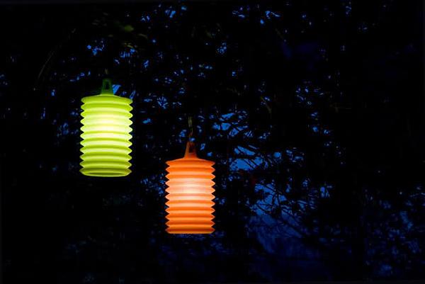 Умопомрачительные осветительные приборы на территории виллы