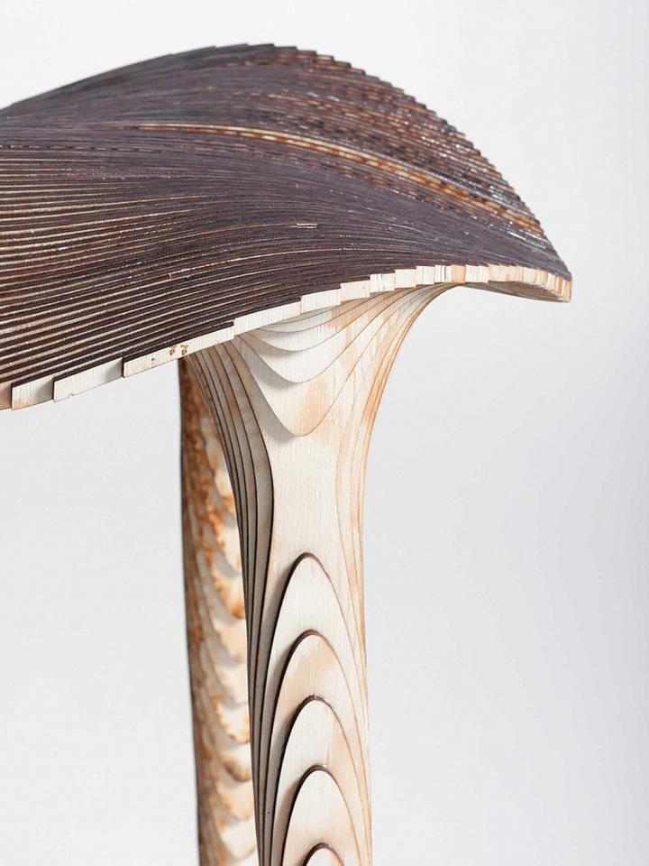Чудесная деревянная табуретка Sadl от LMBRJK