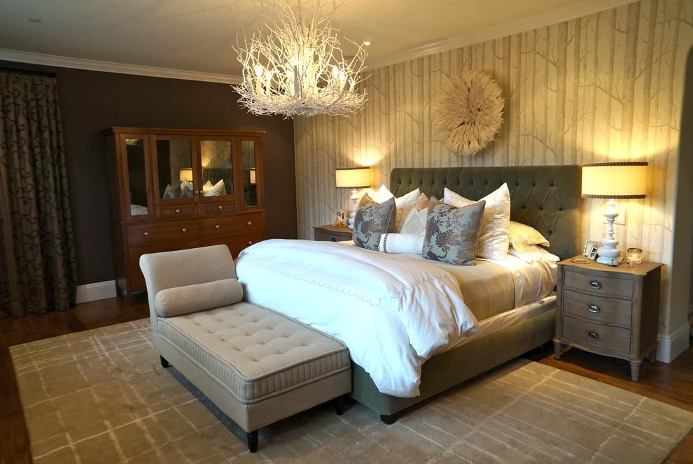Замечательная подвесная люстра в интерьере спальни от Chelsea Pineda Interiors
