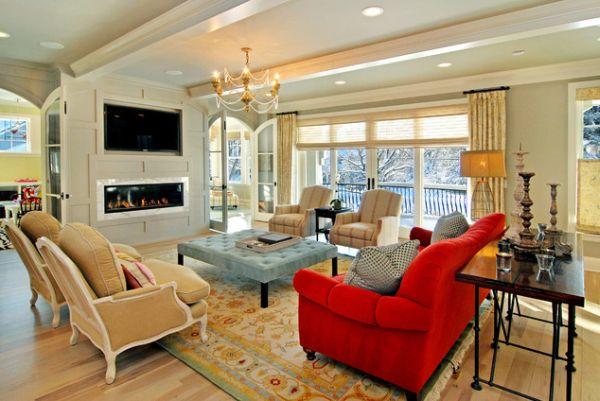 Красный диван в интерьере кухни