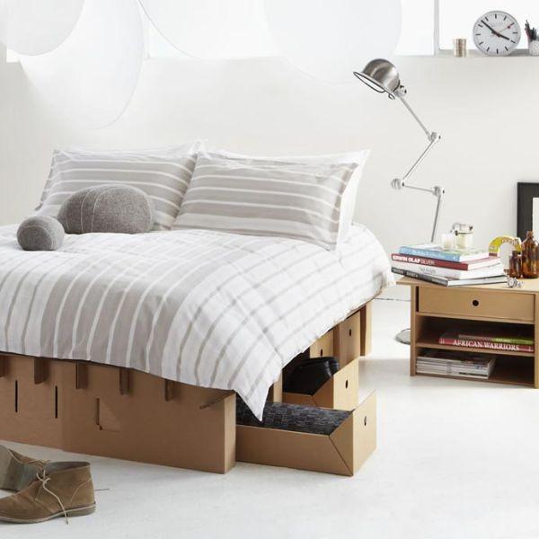 Красивая кровать из картона от Group Lzion