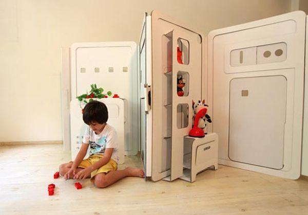 Креативный детский игровой домик из картона