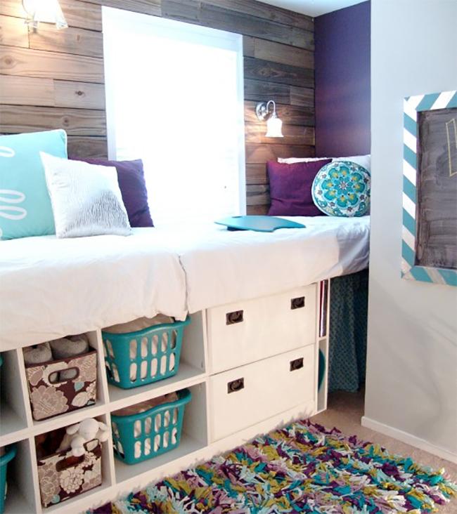 Красивая кровать с системой хранения