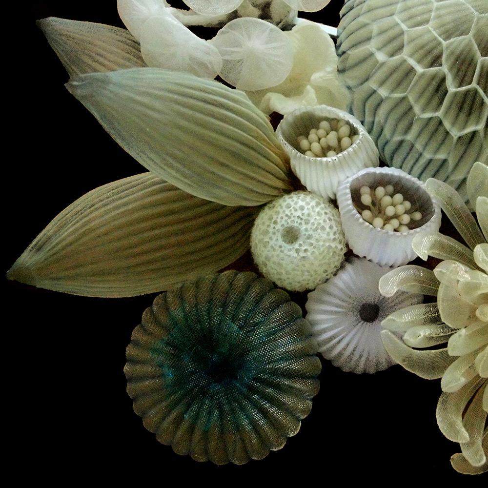 Носимые скульптуры от Марико Кусумото: очаровательная бижутерия из текстиля
