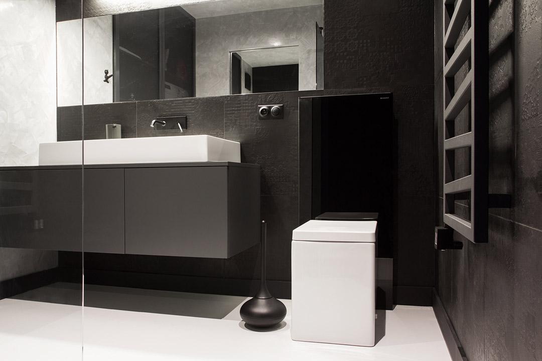 Дизайн ванной комнаты в черно-белом цвете