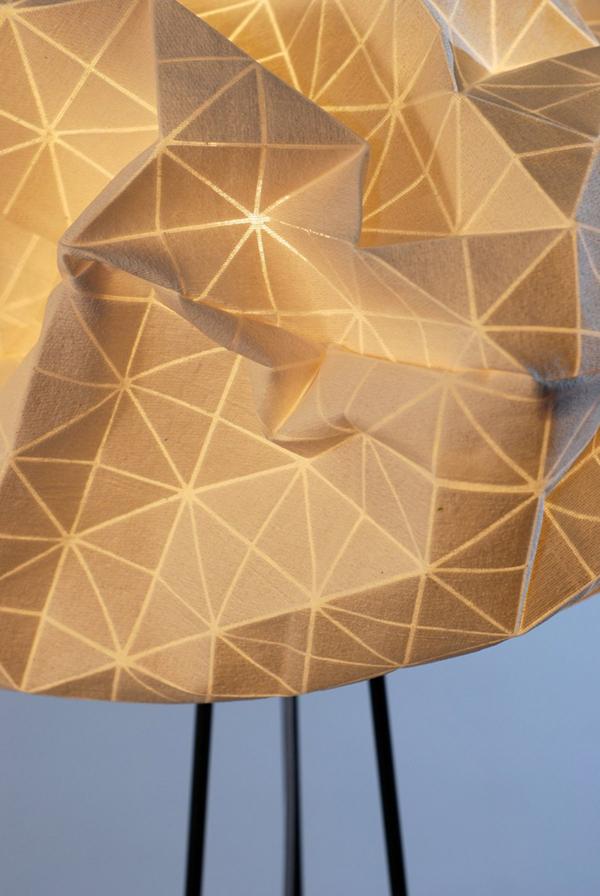 Восхитительная лампа-облако от Микки Бара