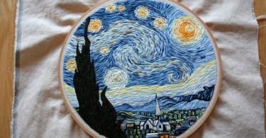 Вышитая версия картины Винсента Ван Гога «Звёздная ночь» от Лорен Спарк
