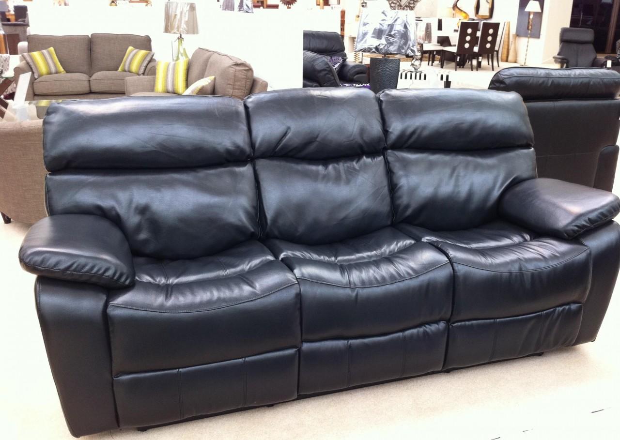 Кожаные диваны в домашних условиях 154