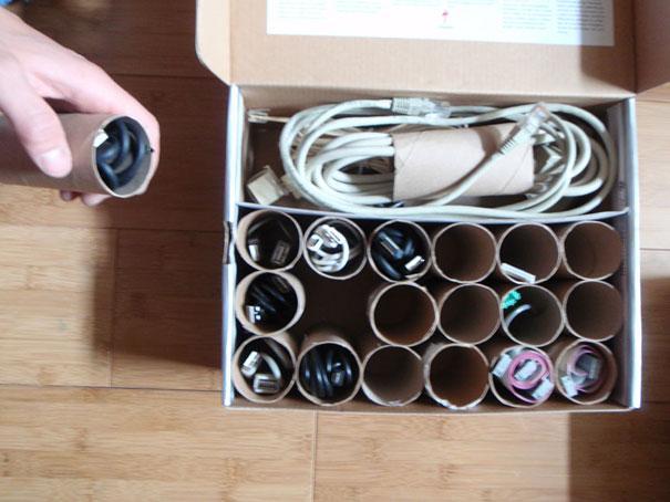 Хранения проводов в картонных держателях