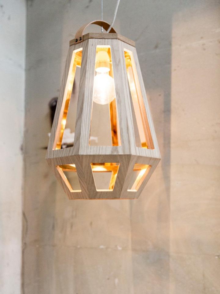 Восхитительный деревянный светильник из коллекции ZUID от Françoise Oostwegel