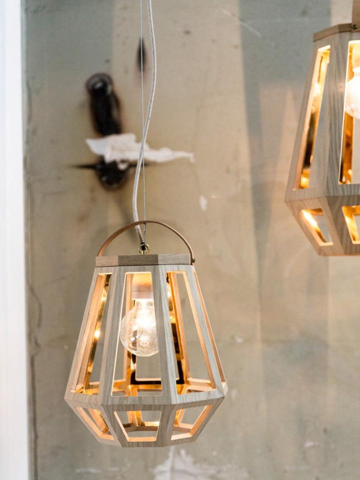 Очаровательный деревянный светильник из коллекции ZUID от Françoise Oostwegel