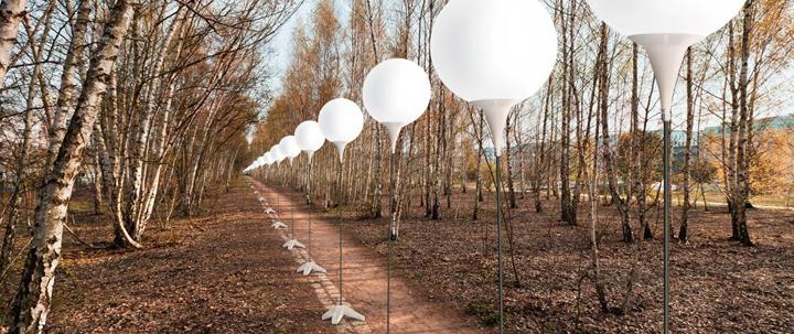 Осветительные установки в осенней экспозиции Берлина