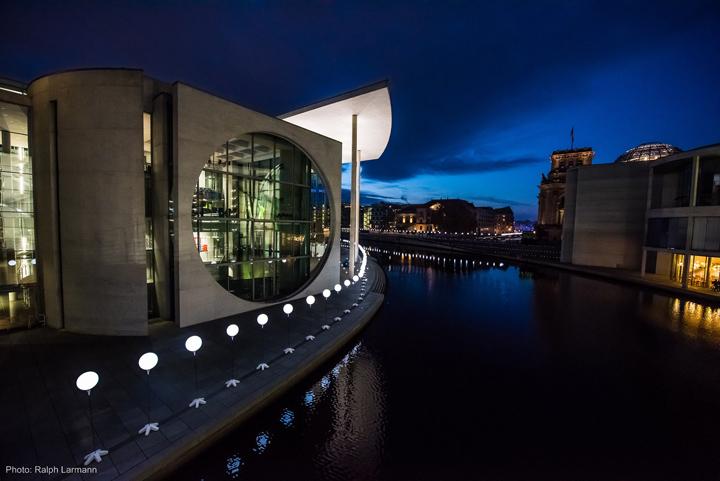 Осветленная река Берлина