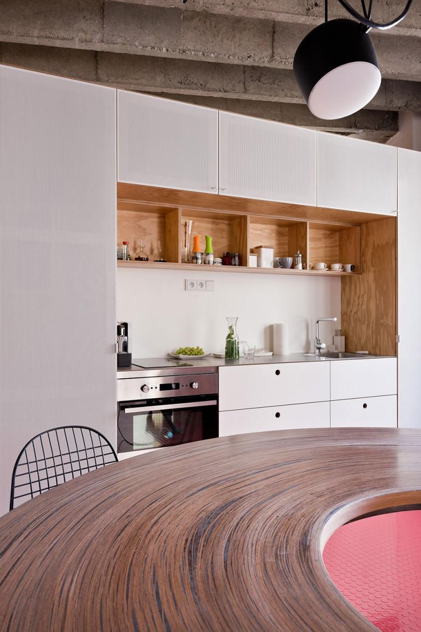 Стол в дизайне интерьера кухни