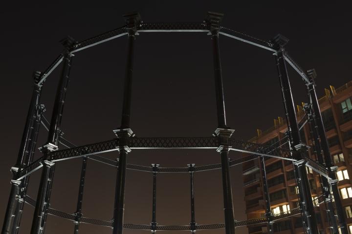 Выставка световых инсталляций: сказочная игра теней