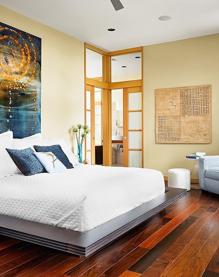 Роскошный деревянный пол в спальне