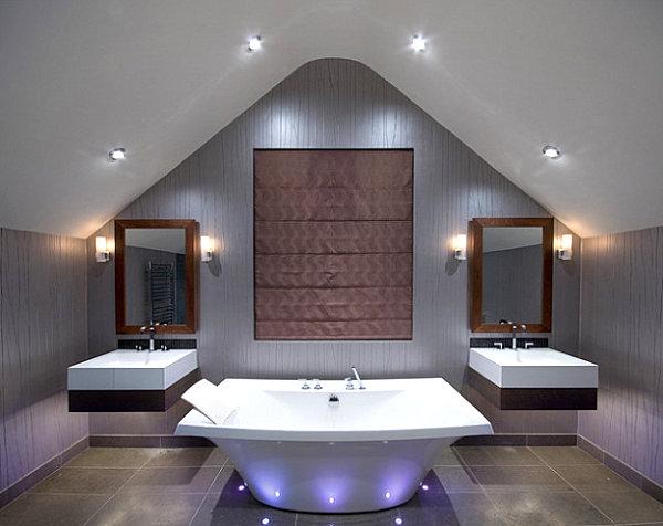 Ванная комната в оттенках золотого, бронзового и розового