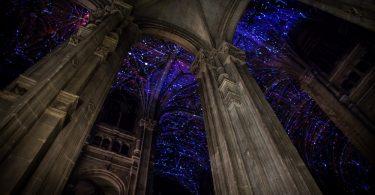 Небесные своды: интерактивная инсталляция виртуальной реальности от Мигеля Шевалье