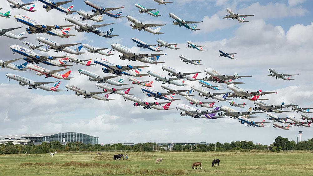 Взлёт – посадка: фотографии самолётов в захватывающей «портретной галерее» от Майка Келли
