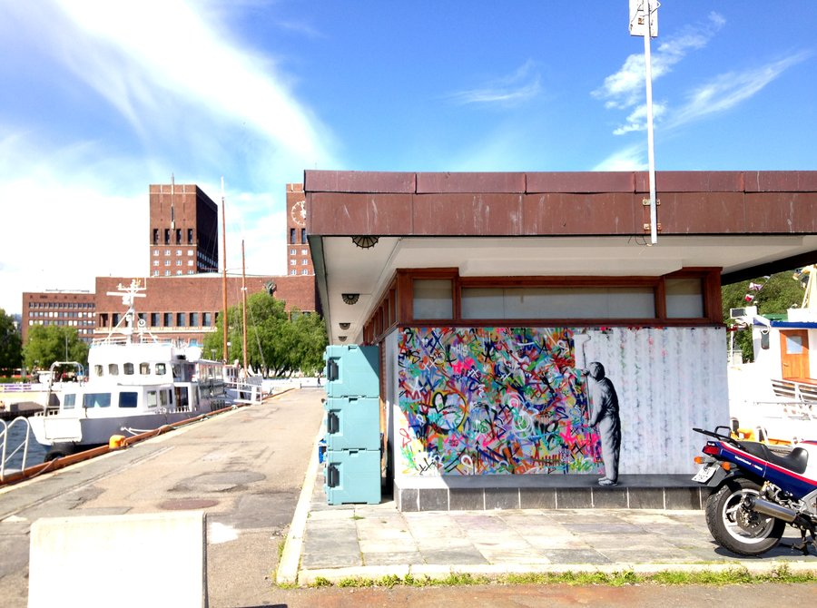 Живописные сцены из городской жизни: трафаретные граффити от Мартина Уотсона