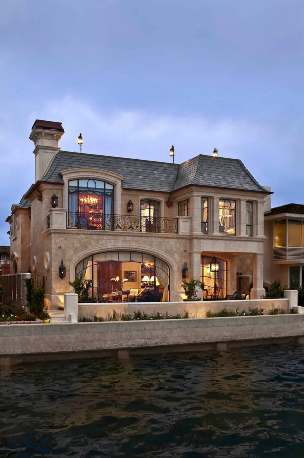 Крыша во французском стиле