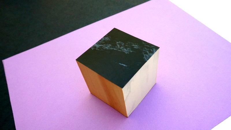 Декорированный деревянный куб