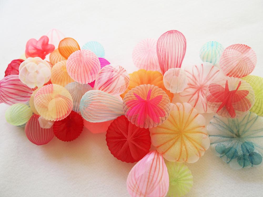 Марико Кусумото: необычные украшения из ткани, вдохновлённые морем