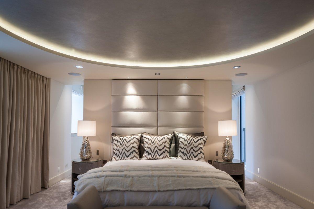 Элегантные шторы в дизайне интерьера помещения