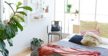 Красивая мебель для мансарды. Фото спальни, кухни и гостиной