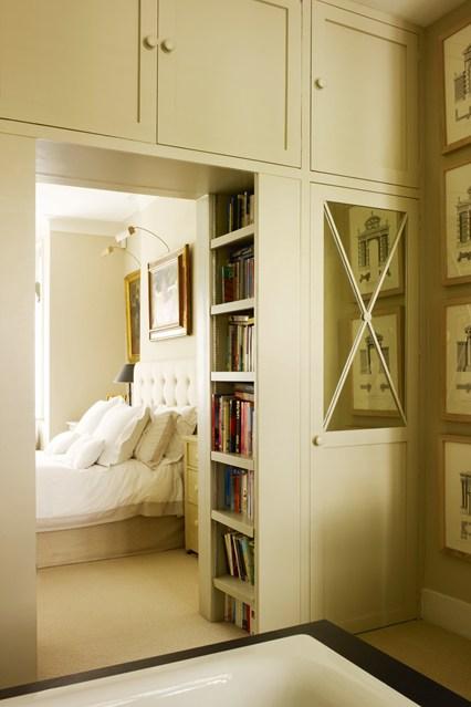 Встроенные шкафы в ретро стиле