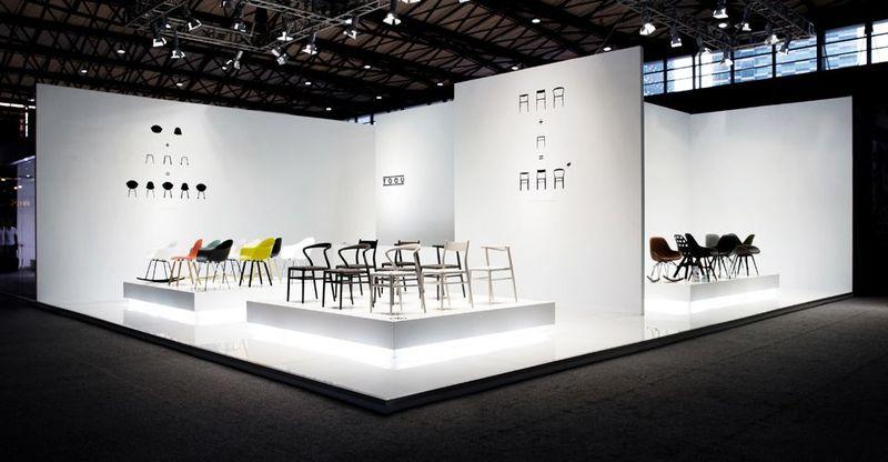 Дизайнерские стулья на выставке China International Furniture Expo