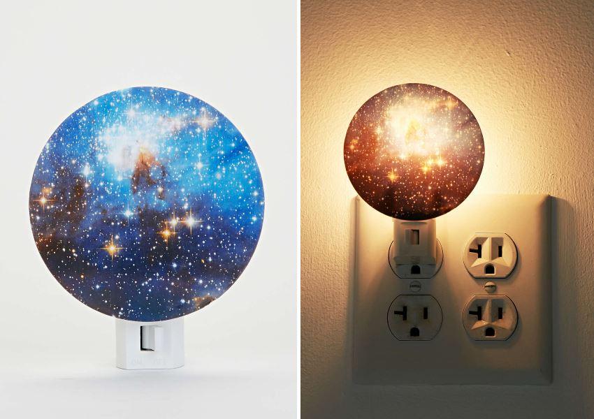 Дизайн ночной лампы в космической стилистике