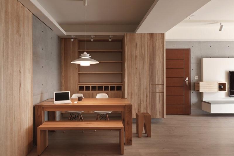 Деревянная мебель в домашнем кабинете