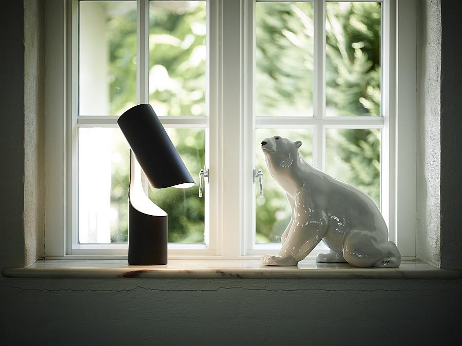 Превосходный светильник Mutatio от Le Klint's в кабинете