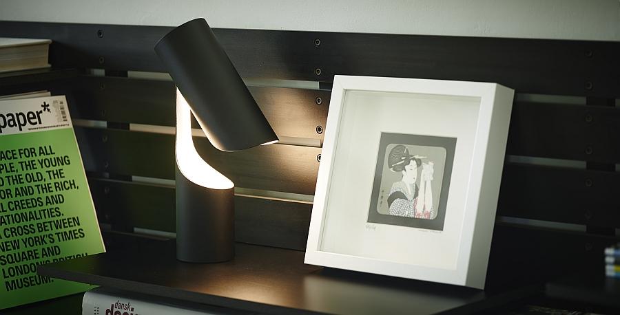 Бесподобный светильник Mutatio от Le Klint's в кабинете