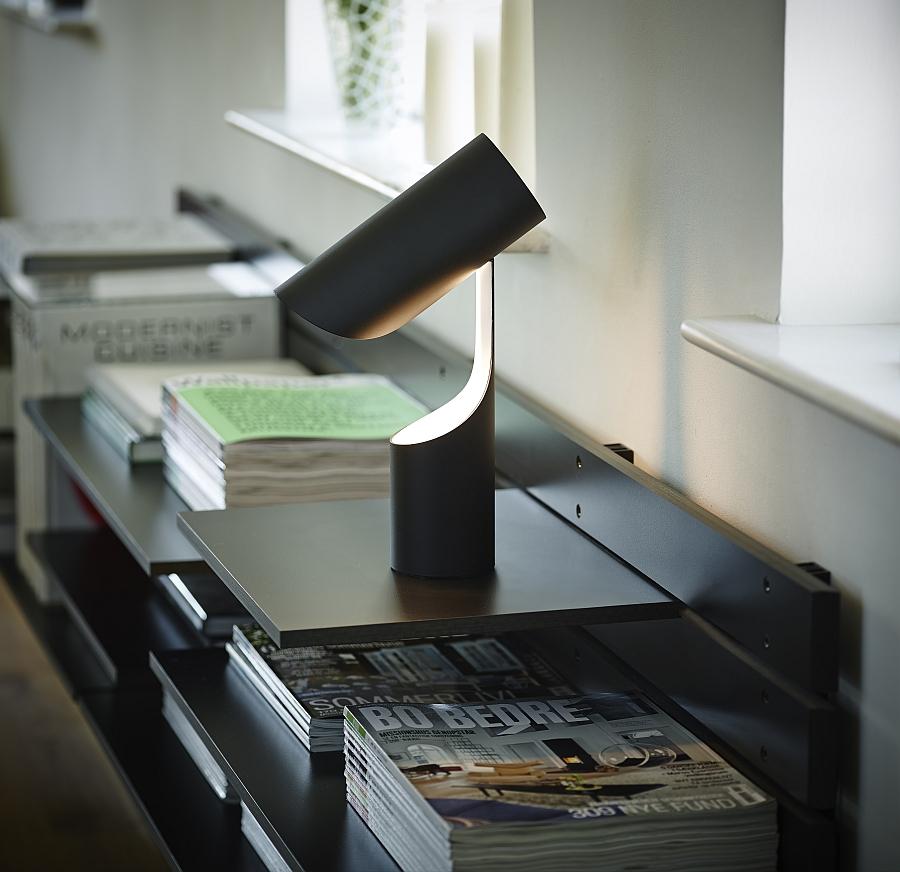 Уникальный светильник Mutatio от Le Klint's в кабинете