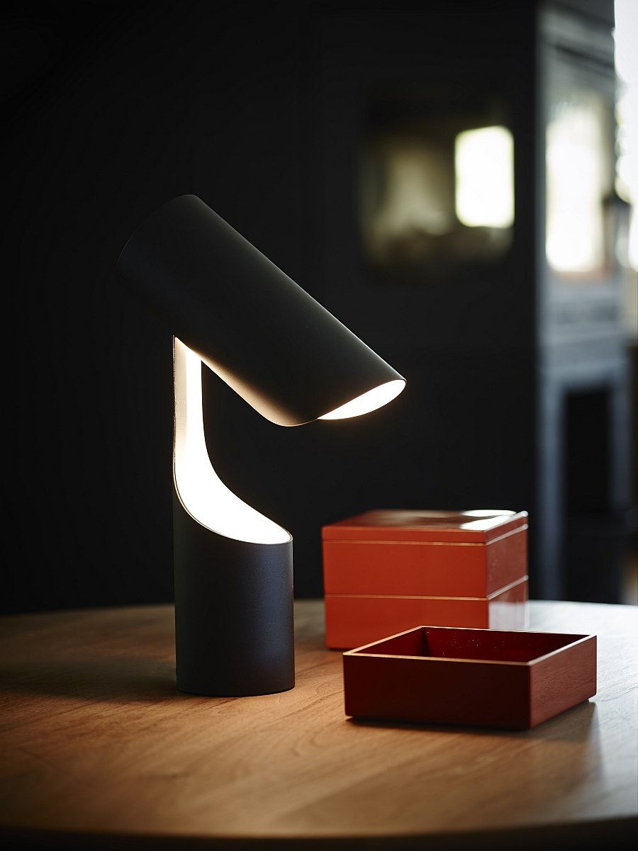 Восхитительный светильник Mutatio от Le Klint's в кабинете